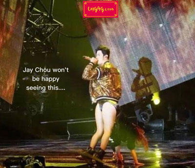 jay chow on stage butt